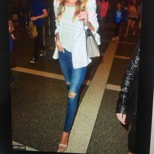 PAIGE VERDUGO ANKLE ORLEANS DISTRESSED JEANS 28